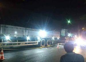 An Giang: Va chạm giữa xe mô tô và xe tải, 2 người tử vong