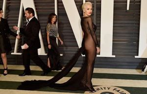 Ngán ngẩm những trang phục hở bạo phản cảm tại tiệc hậu Oscar