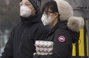 Người nhiễm Covid-19 tăng vọt, Trung Quốc sa thải quan chức