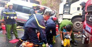 Thăm hỏi, hỗ trợ các nạn nhân trong vụ tai nạn liên hoàn ở Huế