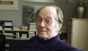 Jaan Kross: Nhà văn Estonia đem lịch sử vào từng trang sách
