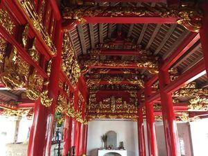 Di tích quốc gia đình Trùng Hạ (Ninh Bình) bị sơn đỏ lòe loẹt:Lại chuyện cười ra nước mắt