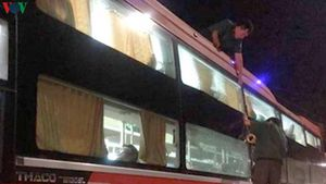Công an vào cuộc vụ hàng loạt xe khách bị ném đá trên Quốc lộ 1A