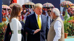 Tổng thống Mỹ Trump thăm Ấn Độ: Mũi tên trúng nhiều đích