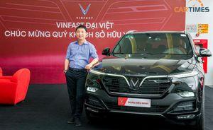 'Ông chủ' Rolls-Royce tại Việt Nam bất ngờ sở hữu xe VinFast Lux SA2.0
