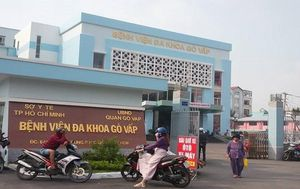Giám đốc bệnh viện quận Gò Vấp nghi gom khẩu trang bán kiếm lời bị đình chỉ