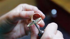 Làng nghề chạm bạc Châu Khê trong tương quan với phố Hàng Bạc