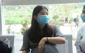 Ngày ra viện của thai phụ 39 tuần từ Vũ Hán: 'Ở bên đó, hai vợ chồng chỉ biết động viên nhau cố gắng vượt qua'