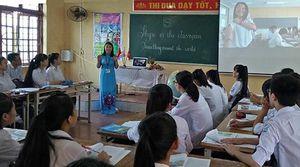 Cô giáo từ chối cơ hội đến Canada để dành trọn tâm huyết dạy... trường làng