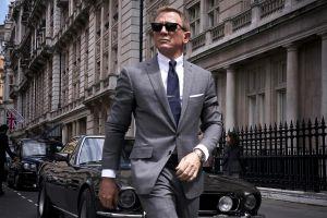 Bom tấn '007' mới bị hoãn chiếu xuống tháng 11