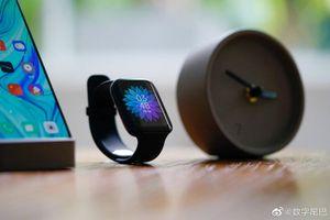Oppo Watch ra mắt: khá giống Apple Watch, hỗ trợ eSIM, sạc nhanh VOOC, giá từ 215 USD
