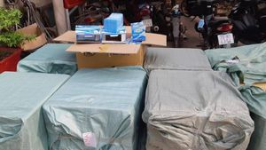 Phát hiện 42.000 khẩu trang không giấy tờ trong nhà 1 phụ nữ ở Long An