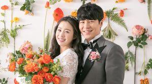 Kim Tae Hee rạng ngời khi chụp ảnh cô dâu ở tuổi 40