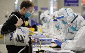 Lãnh đạo y tế Bắc Kinh khuyên dân TQ có triệu chứng nCoV chữa tại chỗ, đừng về nước