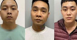 Hà Nội: Va chạm giao thông, nhóm côn đồ dùng kiếm chém chết người