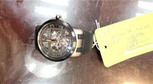 Trao trả đồng hồ trị giá 40.000USD cho quan chức Brunei để quên tại sân bay