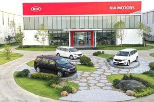 Giá lăn bánh xe MPV Kia Sedona tháng 3/2020