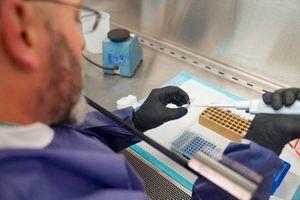 Mỹ dùng hệ thống xét nghiệm COVID-19 mới, nhanh gấp 10 lần