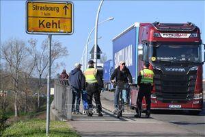 Thêm một số nước châu Âu ban bố tình trạng khẩn cấp và đóng cửa biên giới do COVID-19