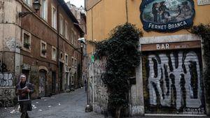 Dịch Covid-19 và 'nỗi sợ vô hình' xâm chiếm châu Âu