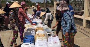 'Biệt đội' chở nước ngọt về cấp miễn phí cho dân vùng hạn mặn