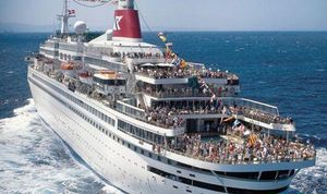 Cuba đồng ý đón tàu du lịch có khách nhiễm SARS-CoV-2