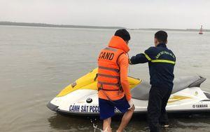Thanh Hóa: Nỗ lực tìm kiếm một người mất tích khi tắm biển