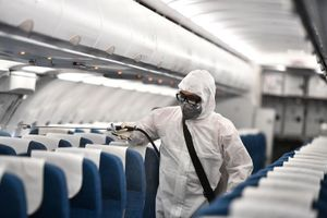TP.HCM tìm hành khách trên 8 chuyến bay có ca nhiễm Covid-19