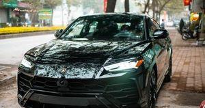 'Mãn nhãn' với siêu SUV Lamborghini Urus màu đen giá hơn 22 tỷ đồng độc nhất Việt Nam