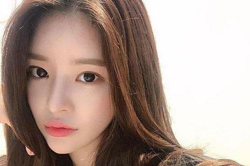 Công ty quản lý trả lời trước tin đồn Yoo Hye Won hẹn hò với Seungri
