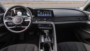 Hyundai phản pháo về nhận định 'nội thất bê nguyên từ xe này sang xe khác'