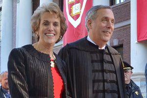 Hiệu trưởng ĐH Harvard và vợ mắc Covid-19
