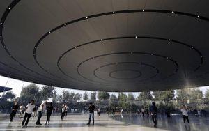 Loạt bí mật đáng kinh ngạc bên trong nơi những chiếc iPhone ra mắt