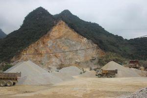 Xử phạt, tước giấy phép hoạt động của 2 doanh nghiệp khai thác đá