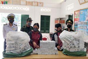 Bắt một phụ nữ vận chuyển 40 kg thuốc tân dược lậu
