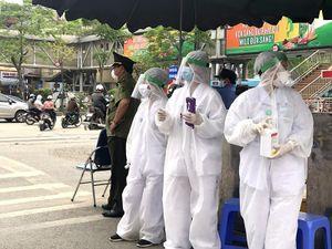Ổ dịch BV Bạch Mai có 8 nhóm nguy cơ lây nhiễm cao