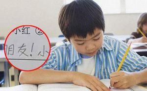 Thầy yêu cầu sắp xếp các từ thành câu có nghĩa, cậu bé viết câu 'thả thính' có 1-0-2