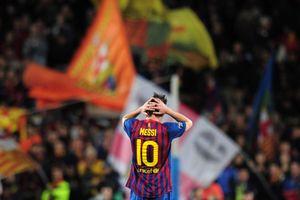 Trong tâm dịch, mới thấy Messi cô đơn thế nào giữa một Barca 'có tiếng mà không có miếng'