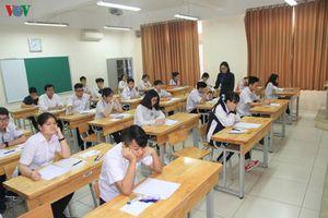 Kỳ thi vào lớp 10 THPT của Hà Nội: Có kiến nghị bỏ môn thi thứ 4
