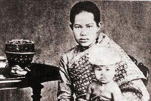 Số phận đoản mệnh của Hoàng hậu Thái Lan: Vẫy vùng trong nước đến chết đuối chỉ vì thân thể cao quý không ai được chạm vào