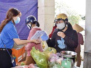 Bà Rịa Youth tặng khẩu trang phòng chống dịch
