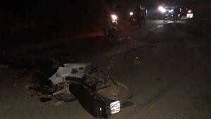 Nạn nhân đi xe máy bị 2 ô tô kẹp giữa trong vụ TNGT chết người ở Bắc Giang