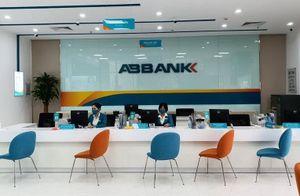 Các ngân hàng duy trì giao dịch, lượng khách thưa vắng