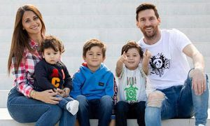 Chuyện chưa kể về cuộc tình 24 năm của Lionel Messi và vợ