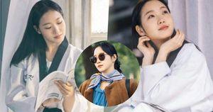 'Người yêu Lee Min Ho' tung ảnh cực sến ở Bệ Hạ Bất Tử: Cô cảnh sát sành điệu Kim Go Eun hóa 'bánh bèo bên hoa huệ'?