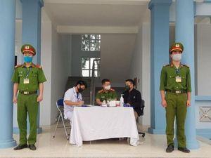 Lai Châu: Có lý do chính đáng mới được vào, nhưng phải cách ly