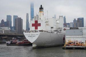 Tàu bệnh viện 1.000 giường đến New York mới chỉ chữa 20 bệnh nhân