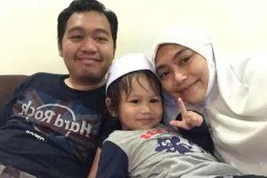 Cặp vợ chồng khỏi Covid-19: 'May mắn con trai không mắc bệnh'
