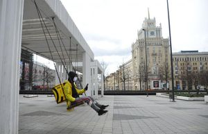 Số ca nhiễm mới Covid-19 ở Nga tăng kỷ lục, Ukraine ghi nhận hơn 1.300 ca bệnh