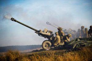 Sức mạnh đáng sợ của lựu pháo nhảy dù M119